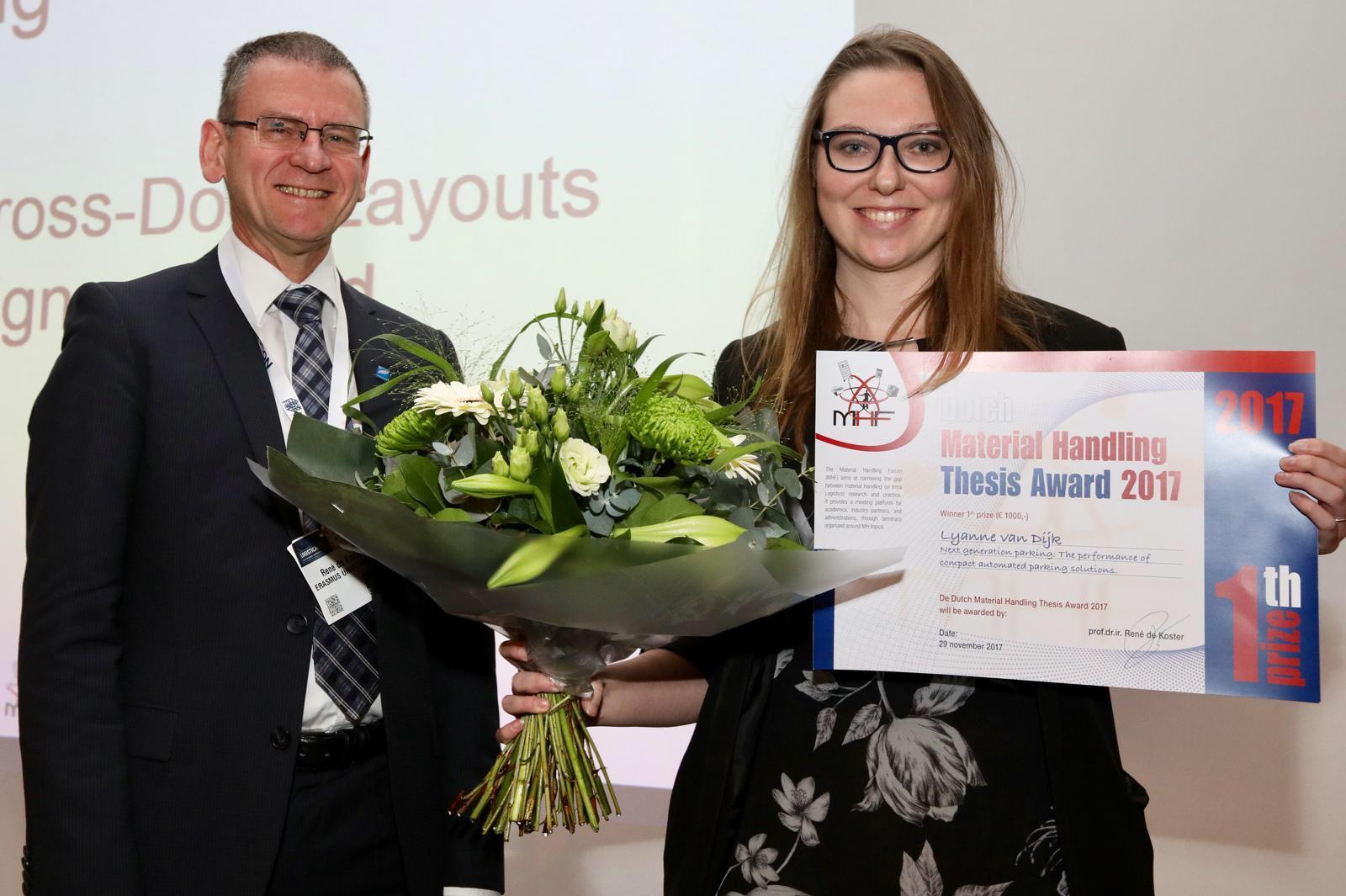 Lyanne van Dijk wint de Material Handling Thesis Award 2017