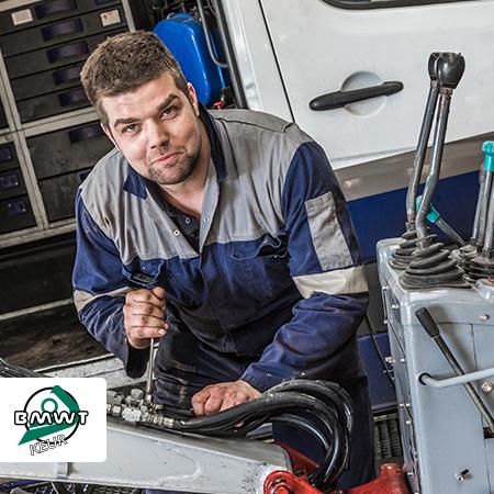servicemonteurs zorgen voor continuïteit veiligheidskeuringen grondverzet BMWT Keur Corona